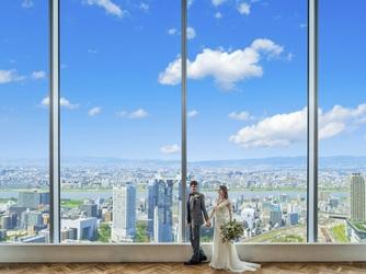 The 33 Sense of Wedding(ザ・サーティスリー センス・オブ・ウエディング) フラワーコート画像2-1