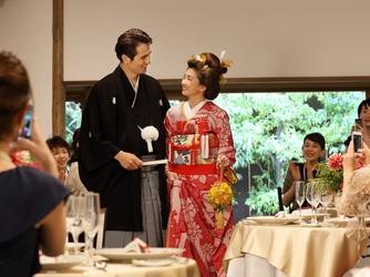 萬屋本店-KAMAKURA HASE est1806- 洋装姿・和装姿どちらも映えるしつらい画像2-3