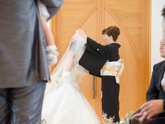 Cafe Wedding H&A チャペル(自然光が差し込むガーデン付きの挙式会場)画像2-3