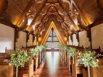 ルグラン軽井沢ホテル&リゾート:木のぬくもりが感じられる「森音の教会」