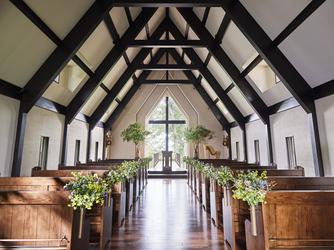 ルグラン軽井沢ホテル&リゾート:湖の畔に佇む「水音教会」