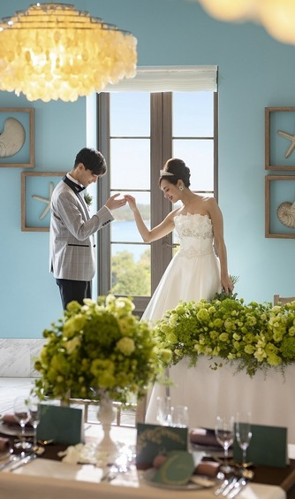 Village & Hotel 志摩地中海村(三重):ドレスも映える披露宴会場