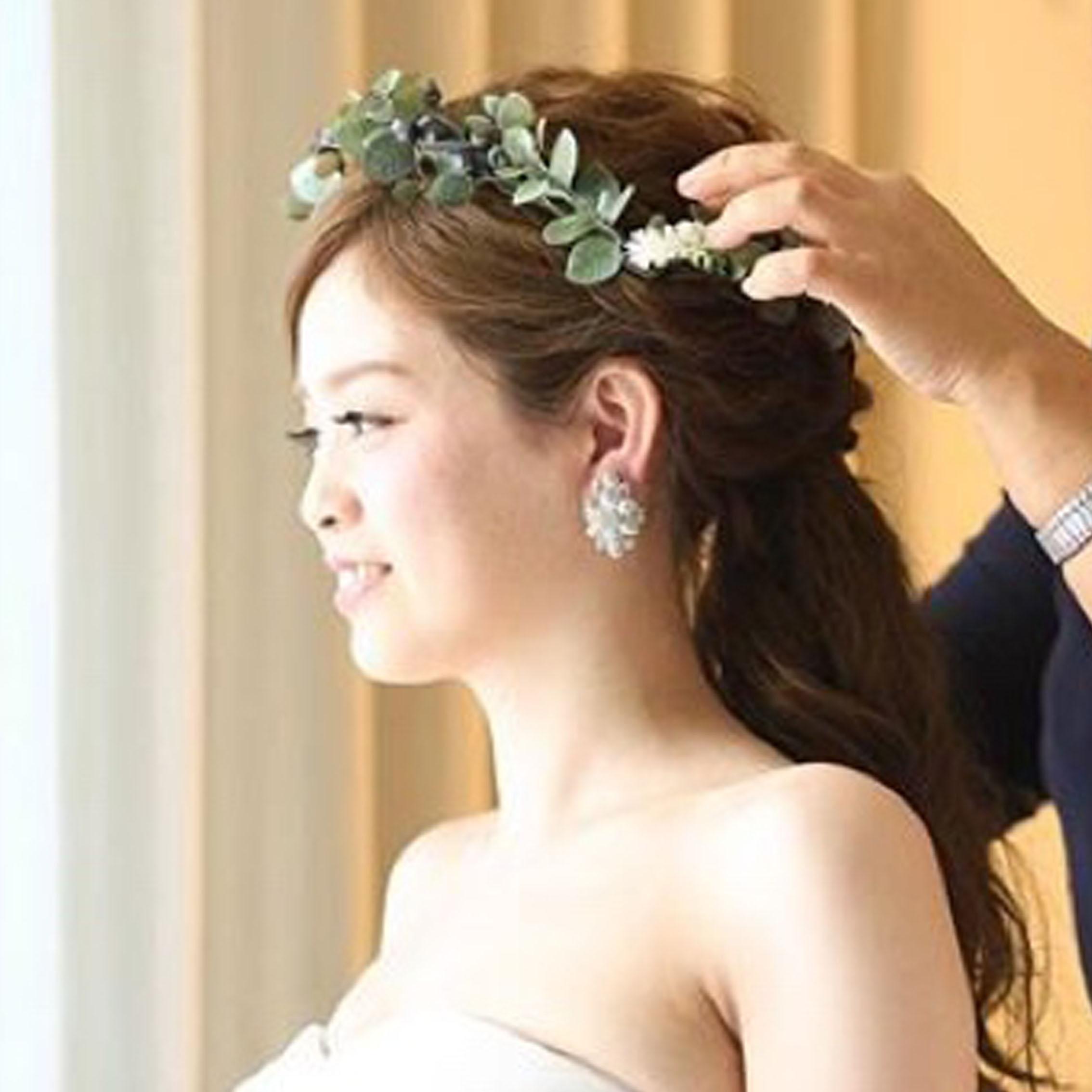 グリーン花冠花嫁