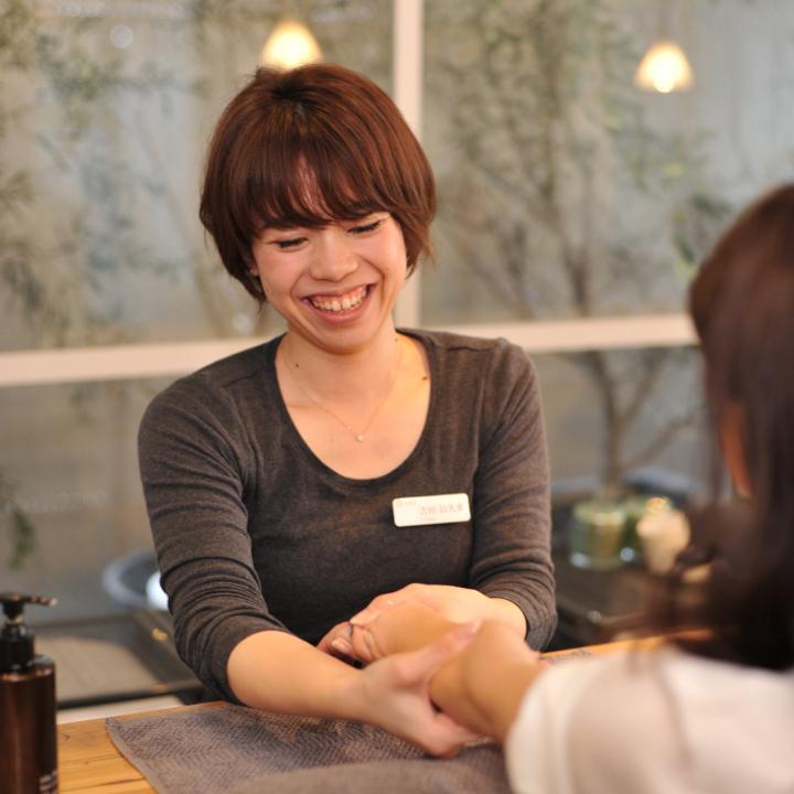 uka OMOTESANDO Manicurist 吉田以久美さん