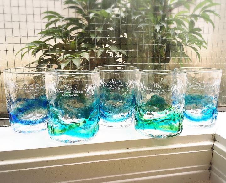 340401さんの引出物。ゲストの名前入り琉球グラス