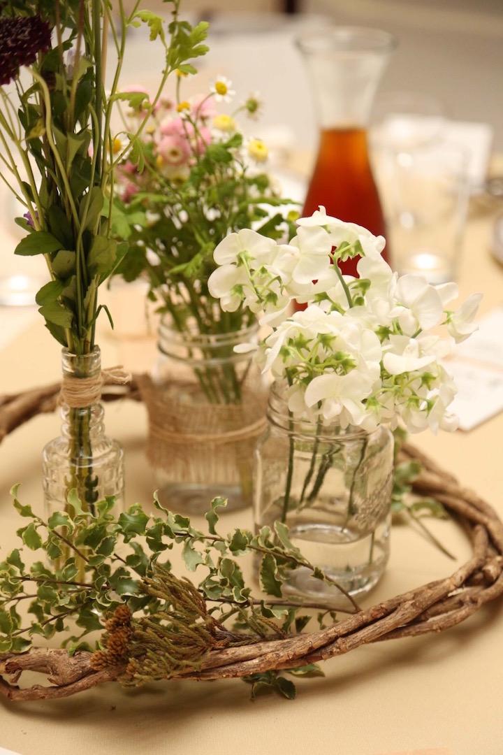 100円ショップの花瓶をフル活用したテーブル装飾