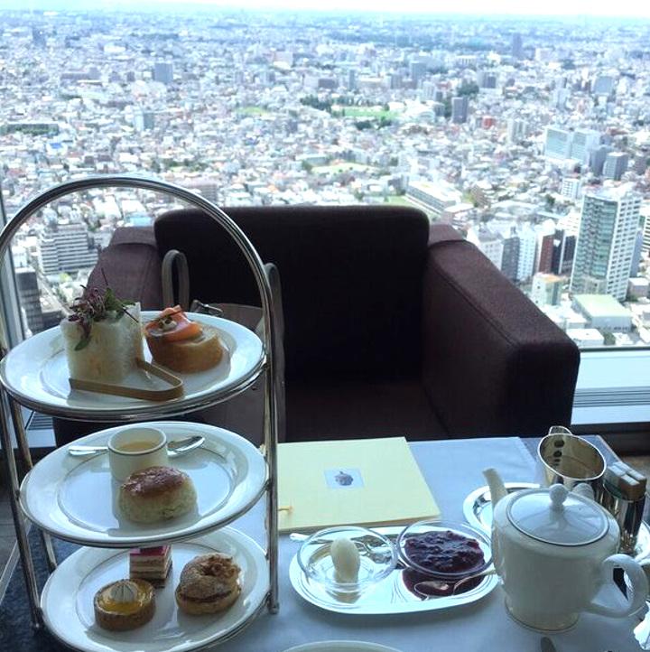 342600さんの写真。ホテルの高層階でアフタヌーンティー