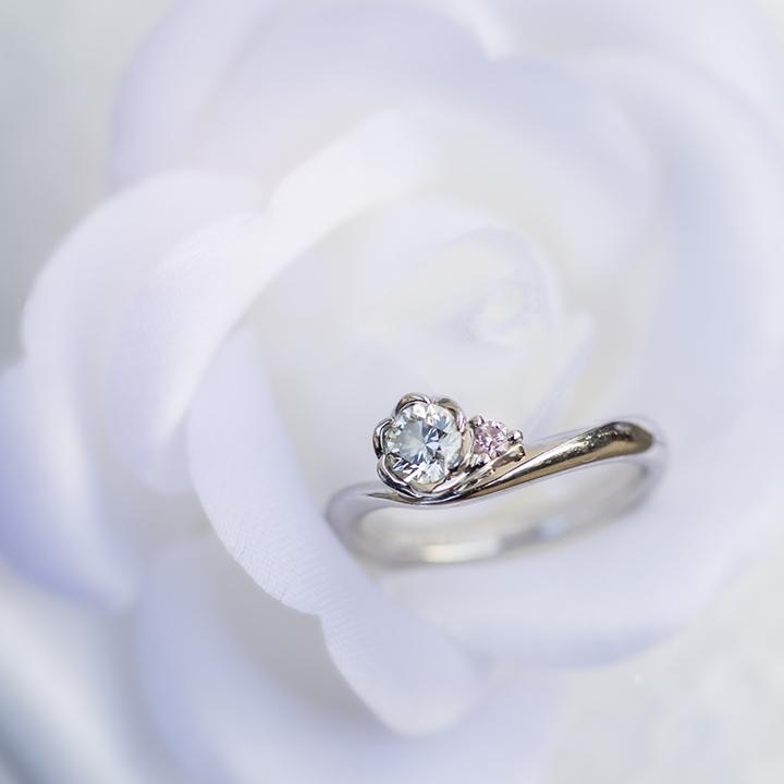 丸山さんの婚約指輪