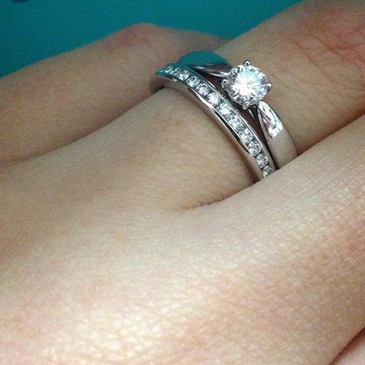 ソリティアの婚約指輪&エタニティの結婚指輪
