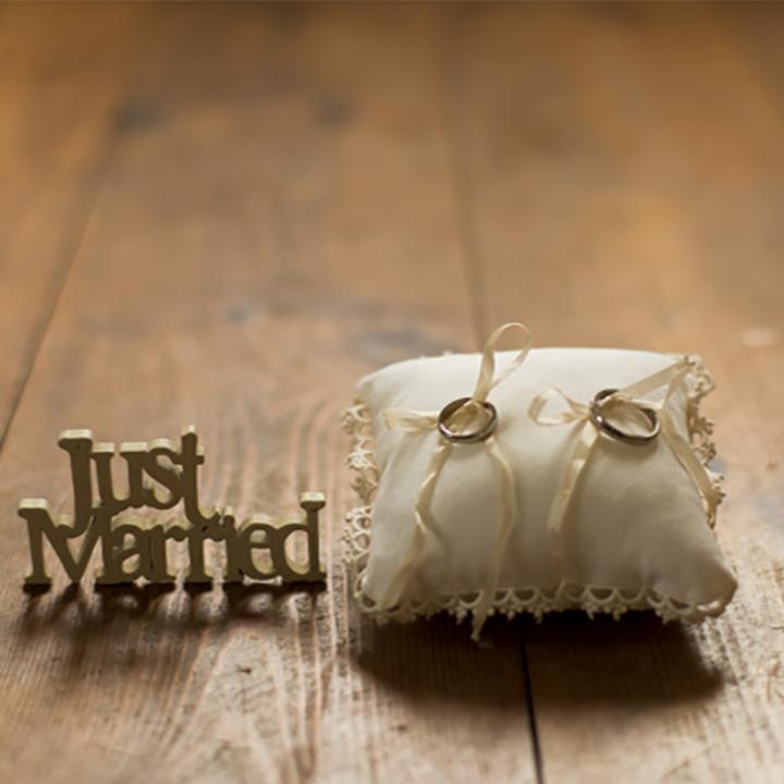 予算は?試着本数は?結婚指輪選び、みんなの「平均値」