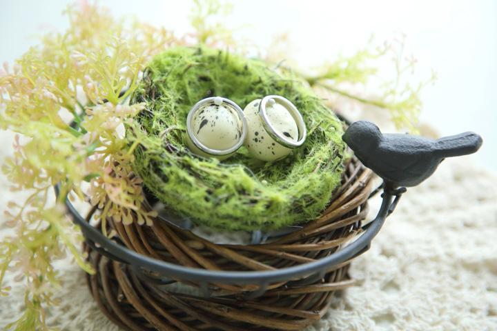鳥の巣リングピローのアップ