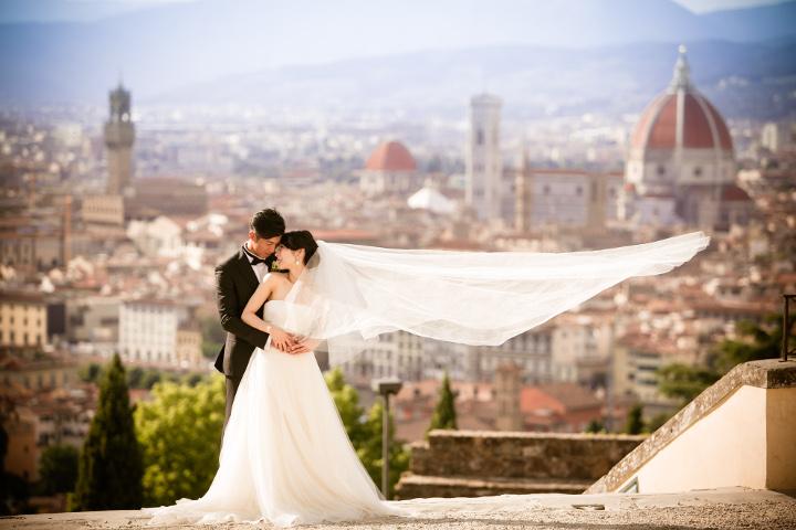 風や光を生かしながら、フィレンツェの美景を集約。イタリアで撮影してよかった!と思えた一枚。/フィレンツェを一望できる丘