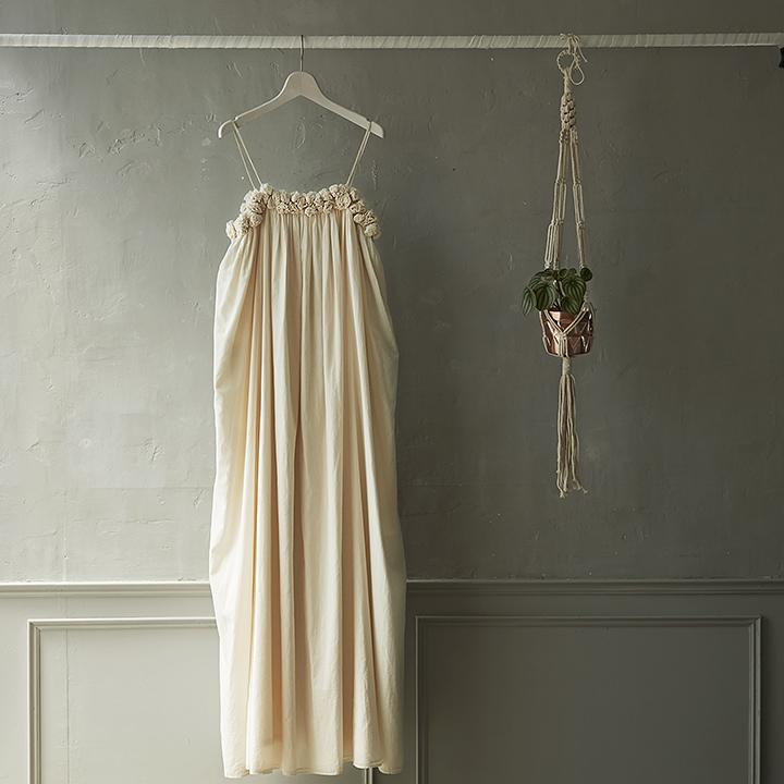 小花のキャミドレス