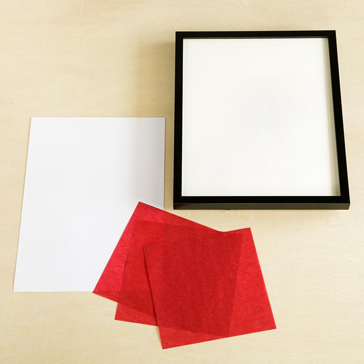 A4サイズの紙、額、透ける折り紙