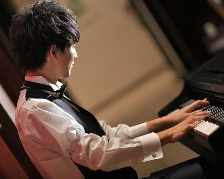 結婚式 サプライズプレゼント ピアノ演奏