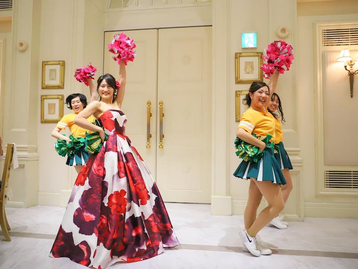サプライズで花嫁参加のチアダンス2