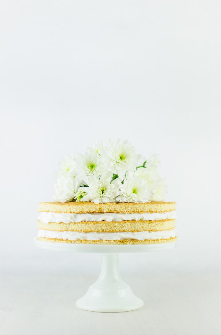 一段ケーキ ネイキッドケーキ