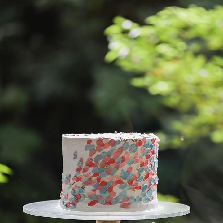 彩りカラークリーム一段ケーキ