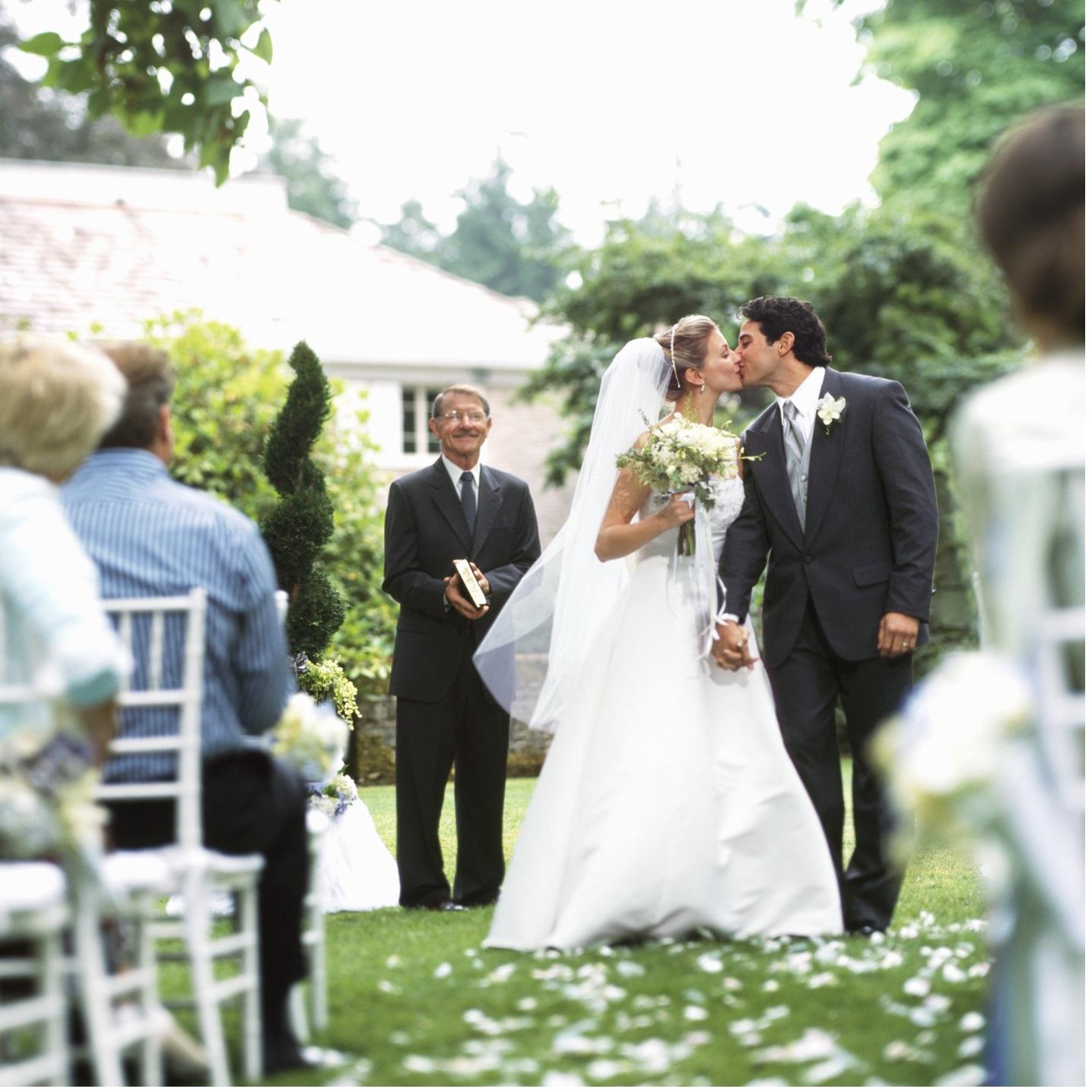 『誓いのキス』にまつわる花嫁のセキララな