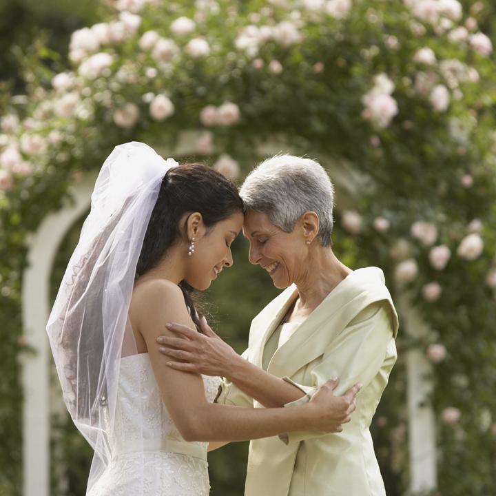 「明日嫁ぐ娘へ」。あなたに贈る、父母のメ