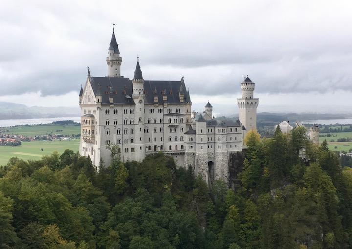 おとぎ話の城のモデルになったドイツの城